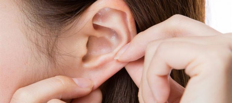Blocked ear treatment during your holiday in Crete